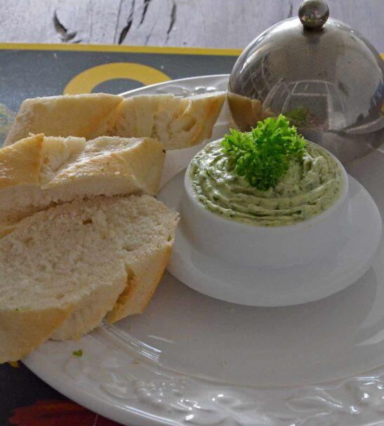 Stokbrood met kruidenboter 2